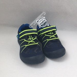 Toddler Boy shoes. Size 8. NWT